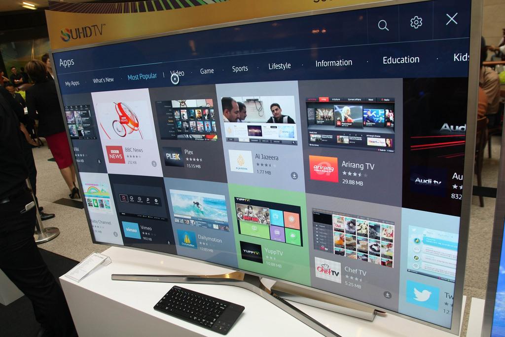 Телевизор Samsung под управлением Tizen