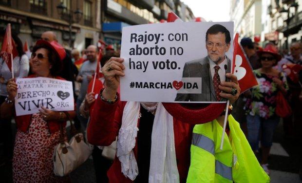 21 września 2014 r., Madryt. Demonstracja przeciwników złagodzenia prawa antyaborcyjnego w Hiszpanii