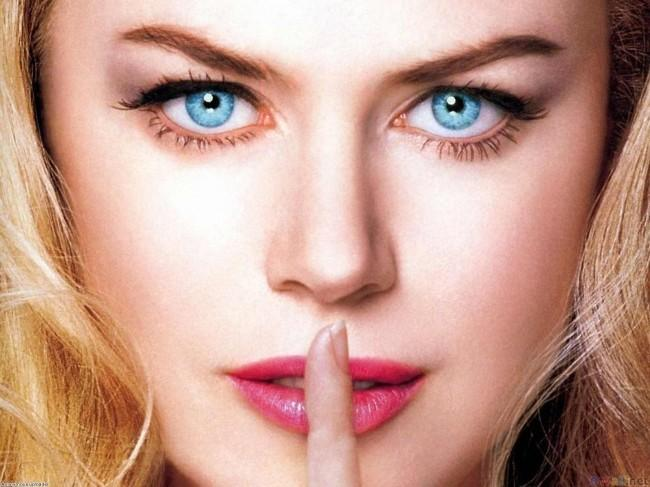 girls-with-blue-eyes_small.jpg