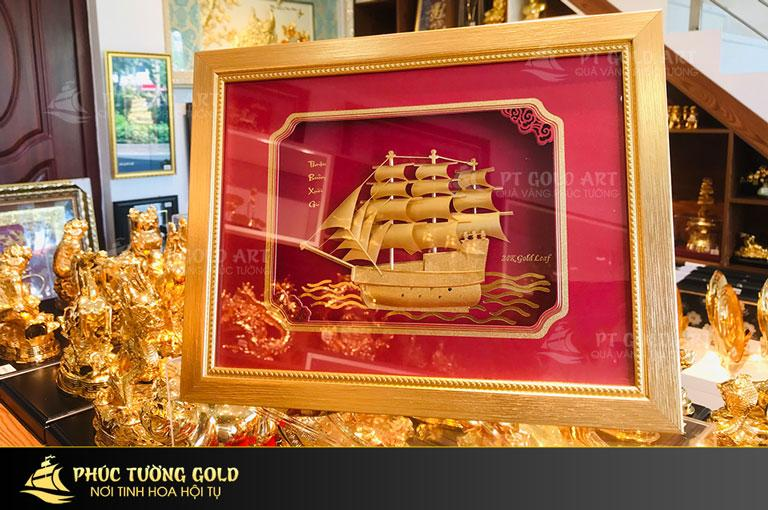 tranh thuyền buồm mạ vàng Quà vàng Phúc Tường