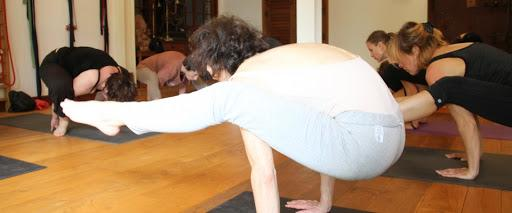 Ashtanga yoga & meditation, primary series, Thursday midnight ...