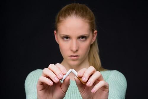 Papierosy a odchudzanie. Czy nikotyna pomaga schudnąć?