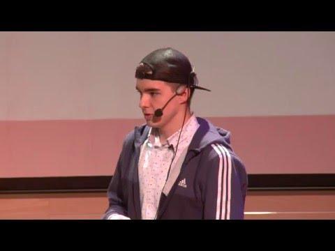 Mateusz Mach występuje na konferencjach w Polsce. Młody Polak ma inspirować innych do działania.