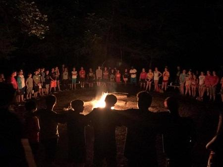 The-Crossings-Church-Collinsville-campfire.jpg