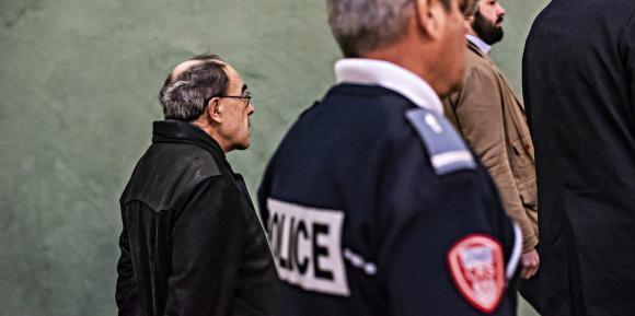 L'arrivée au tribunal du cardinal au tribunal correctionnel de Lyon, au deuxième jour de son procès, le 8 janvier 2019. (Pierre-Antoine PLUQUET/CIRIC)