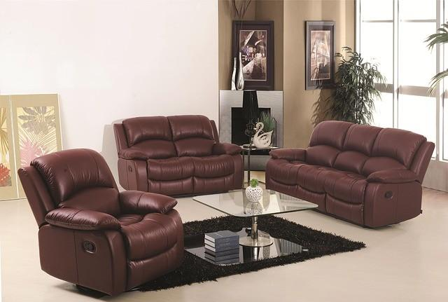 sofa-186633_640_small.jpg