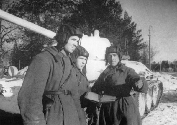 Танковый ас Лавриненко: «Погибать не собираюсь» Великая Отечественная Война, герой, история, подвиг, танк, танкист height=423
