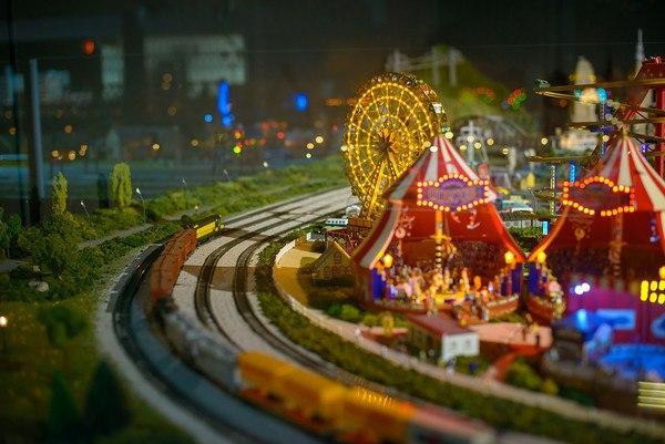 merchants-square-model-train-exhibit-21-