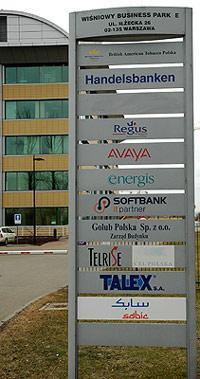 tablica przed budynkiem E