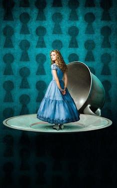 Nowe zdjęcia Alicji z Krainy Czarów