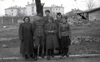 z12194817XWyzwoliciele--Portrety-zolnierzy-Wojska-Polskiego.jpg