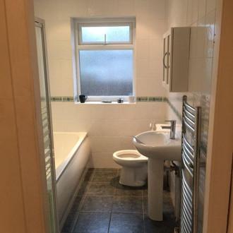 bathroom-fitters-mansfield-kimberley-alf