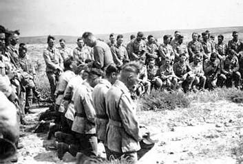 komunia-_Wielkanoc_1942.jpg