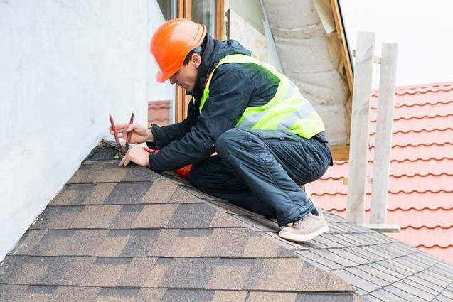 commercial-roof-repair.jpg