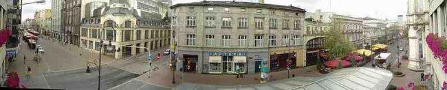 800px-Panoramic_photo_Piotrkowska_Street_in_Lodz.jpg