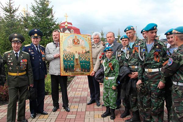 5757100-smi-v-rossii-svyaschennik-sovershil-bog.jpg