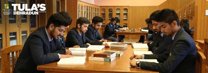 best college in dehradun for BBA