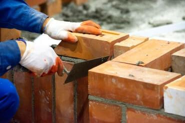 bricklayeraurorail.jpg