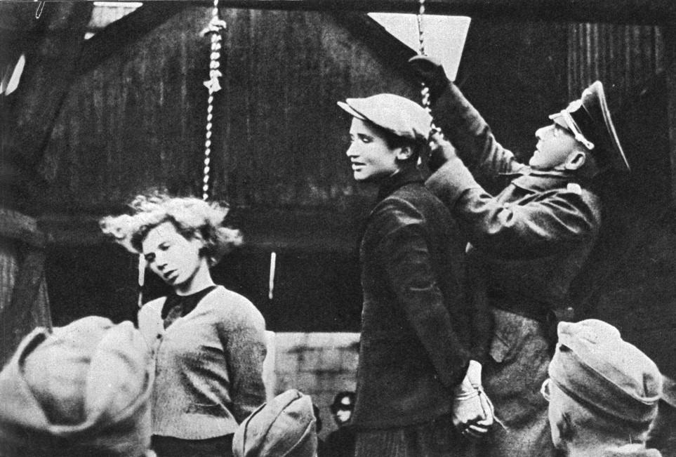http://www.aliceswonderland.eu/images/Nazideutschland.jpg