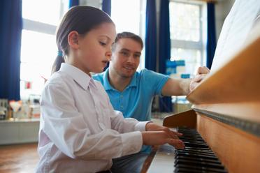 igor_teaching_anastasia_what_a_real_piano_teacher_in_san_jose_can_do.jpg