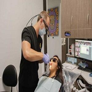 dentalextractionin77002.jpg