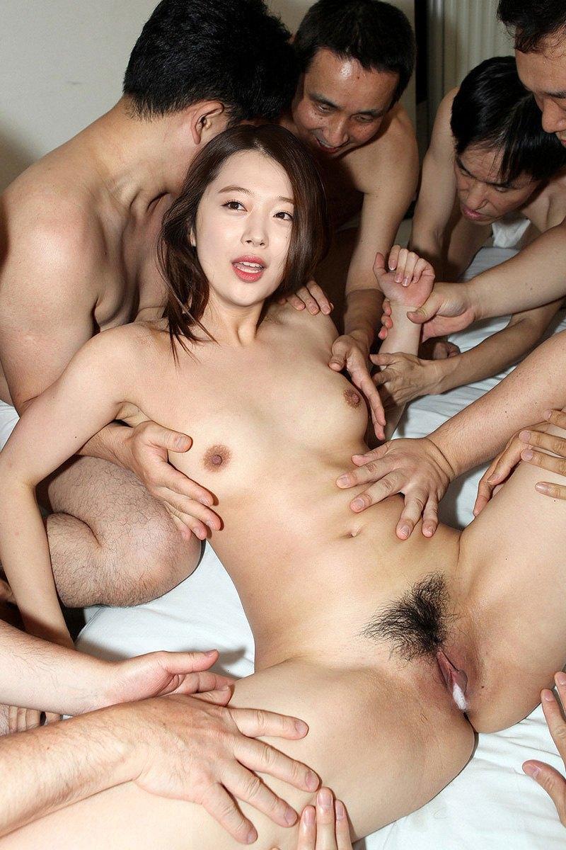 11_korean_iu_fake51320236.jpg