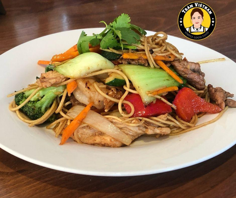 Stir_Fried_Noodle__Vegan_Restaurant.jpg